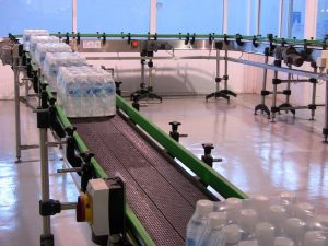 conveyor-with-rollers-001